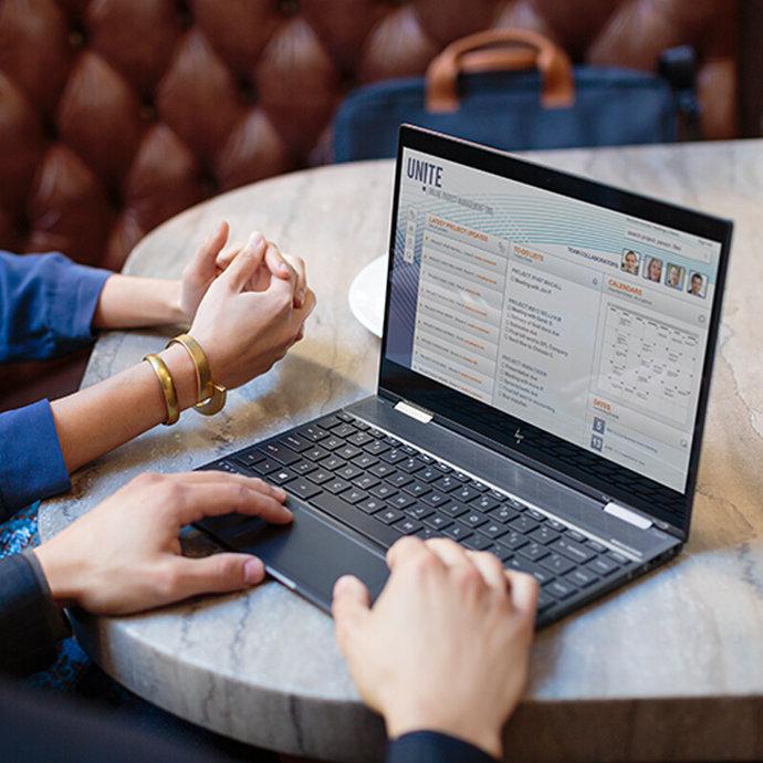 HP 惠普 Envy X360 13.3英寸翻转笔记本电脑(R5-2500U、8GB、256GB)¥4749